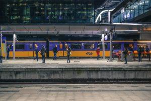 Snelle treinreis van Amsterdam naar Londen